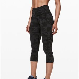 Lululemon Athletica Fast and Free HR Crop 19""